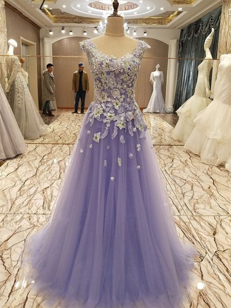 A-Line/Princess Sleeveless Scoop Floor-Length Applique Tulle Dresses