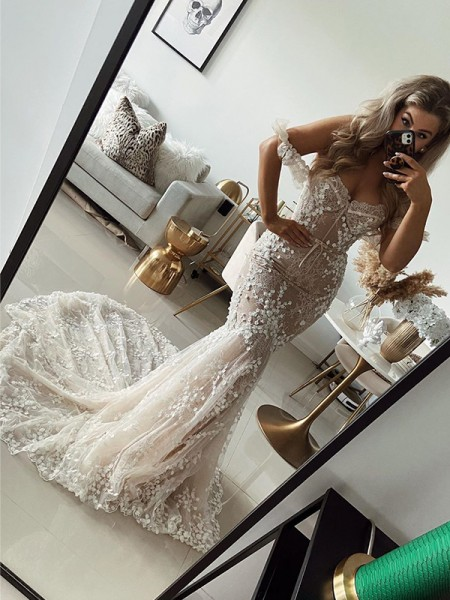 Trumpet/Mermaid Off-the-Shoulder Tulle Applique Sleeveless Sweep/Brush Train Wedding Dresses