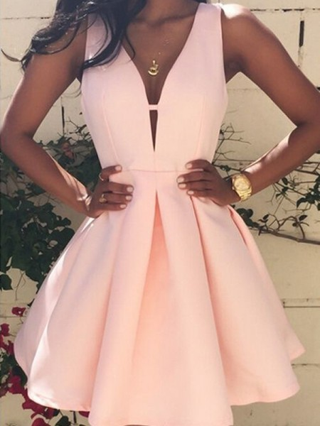 A-Line V-neck Short/Mini Satin Homecoming Dresses