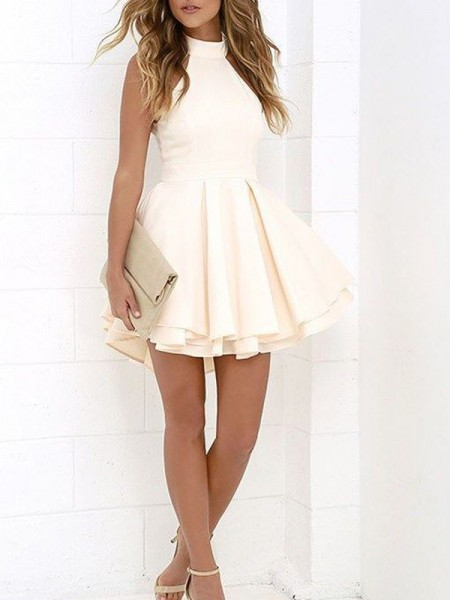 A-Line Halter Satin Short/Mini Homecoming Dresses