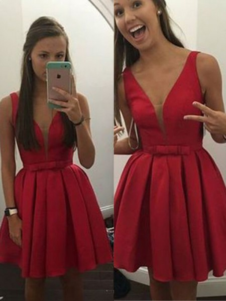 A-Line V-neck Bowknot Satin Short/Mini Homecoming Dresses