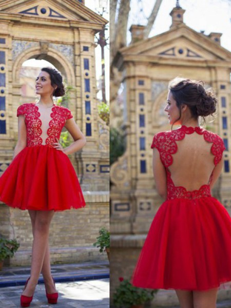 A-Line Scoop Lace Short/Mini Tulle Homecoming Dresses