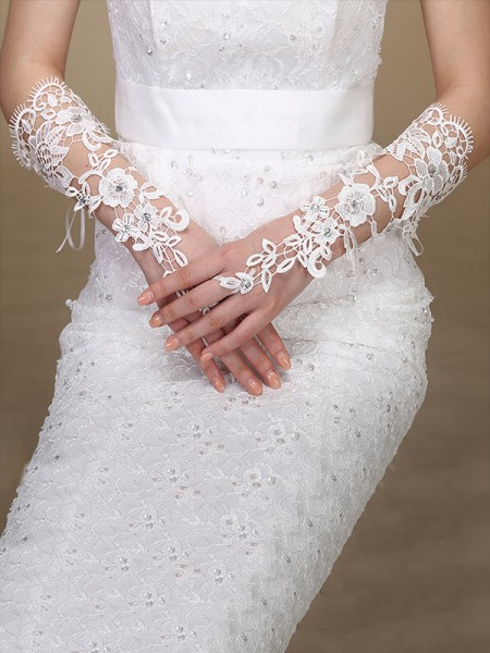 Fashion Attractive Lace Wedding Gloves