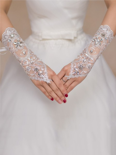 Fashion Luxurious Tulle Lace Wedding Gloves