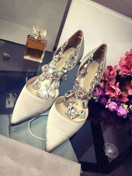 Latest Women's Closed Toe Satin Stiletto Heel With Rhinestone Chain High Heels