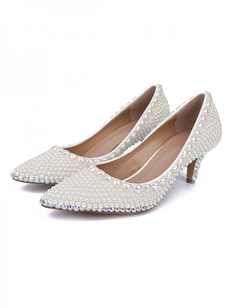Latest Women's Patent Leather Closed Toe Cone Heel With Pearl White Wedding Shoes