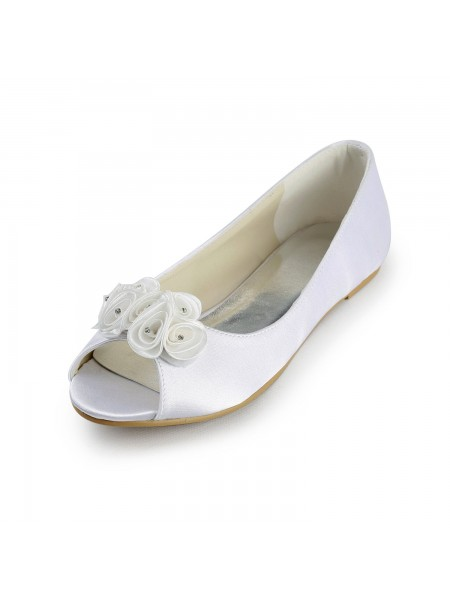 Latest Women's Satin Flat Heel Peep Toe Sandals White Wedding Shoes With Satin Flower
