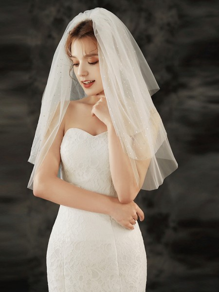 Charming Tulle Three-Tier Waltz Bridal Veils