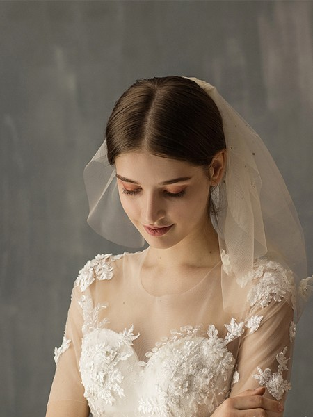 Fashion Wonderful Tulle Two-Tier With Applique Shoulder Veils