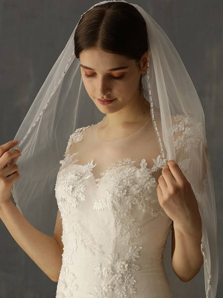 Fashion Charming Tulle One-Tier Elbow Bridal Veils