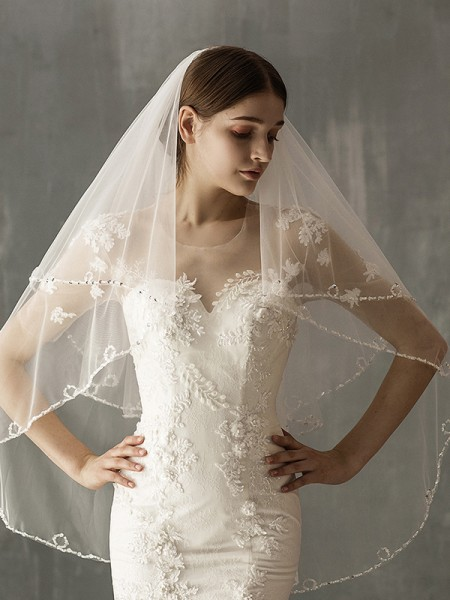 Fashion Stunning Tulle Two-Tier Fingertip Bridal Veils