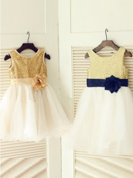 A-Line Scoop Hand-Made Flower Tulle Dresses