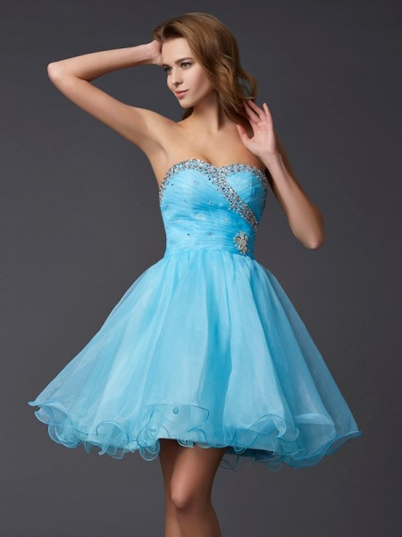 A-Line Sweetheart Beading Short Homecoming Dresses Tulle Homecoming Dresses