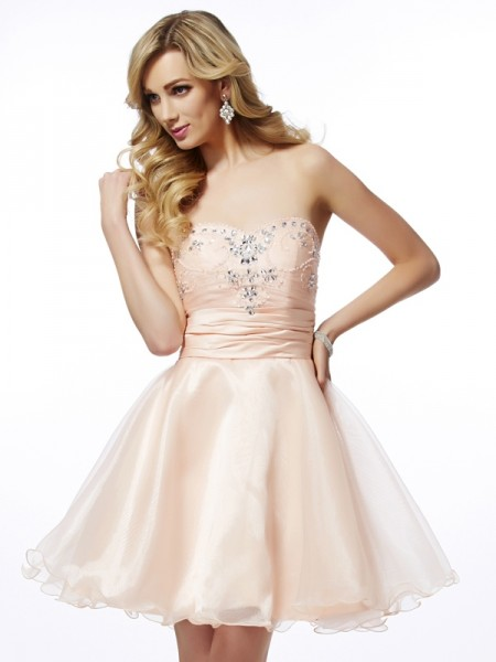 A-Line Sweetheart Beading Short Tulle Homecoming Dresses
