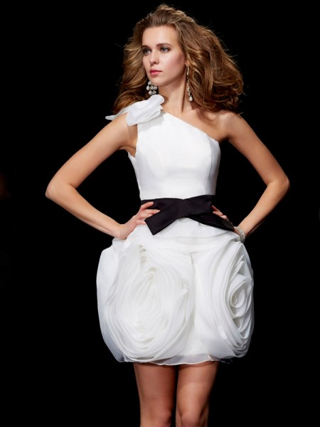 Sheath One-Shoulder Short Tulle Homecoming Dresses