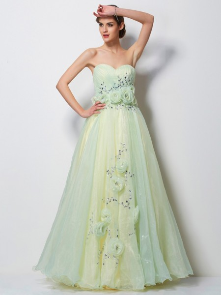 A-Line Sweetheart Hand-Made Flower Satin Prom Dresses