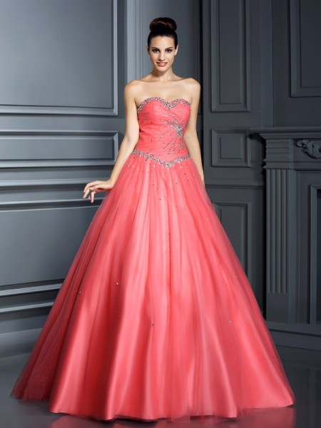 Sweetheart Beading Net Ball Gown Quinceanera Dresses