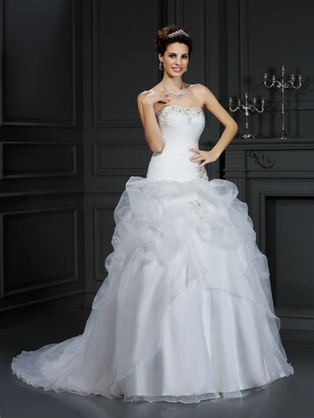 Strapless Beading Organza Ball Gown Wedding Dresses