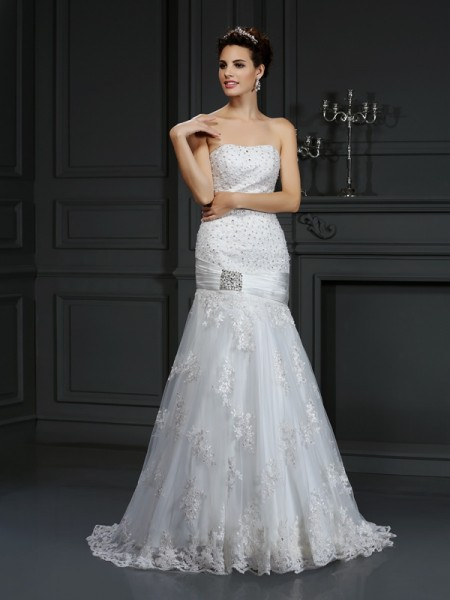 Sheath Strapless Applique Satin Wedding Dresses