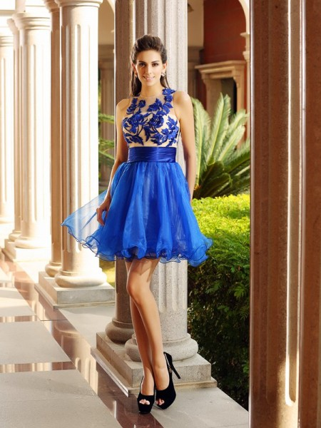 A-Line Bateau Beading Short Organza Homecoming Dresses