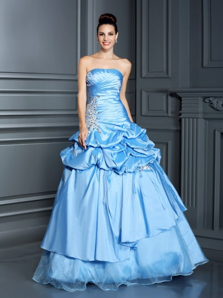 Sweetheart Ruffles Organza Ball Gown Quinceanera Dresses