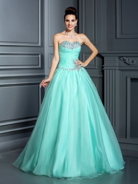 Sweetheart Beading Organza Ball Gown Prom Dresses