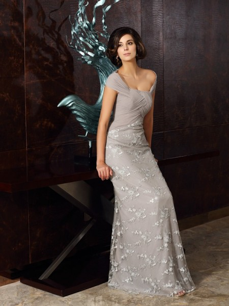 A-Line Off-the-Shoulder Applique Chiffon Mother of the Bride Dresses