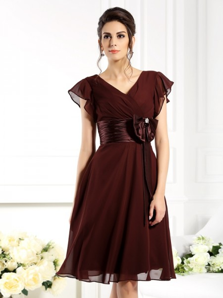 A-Line V-neck Bowknot Short Chiffon Mother of the Bride Dresses