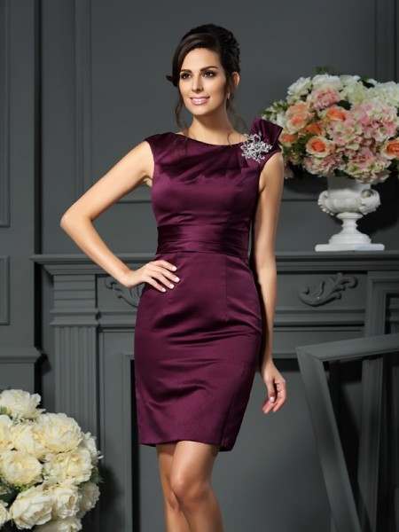 Sheath Scoop Beading Short Satin Mother of the Bride Dresses