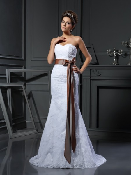 Sheath Sweetheart Applique Net Wedding Dresses