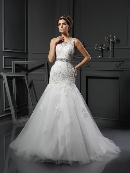 Sheath Scoop Applique Net Wedding Dresses