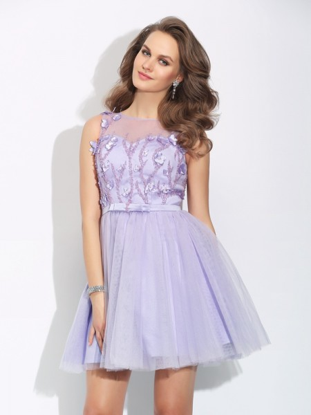A-Line Bateau Applique Short Satin Homecoming Dresses