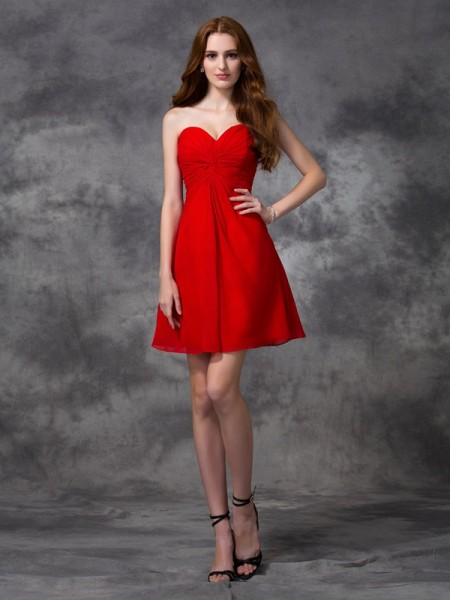 A-Line Sweetheart Ruched Short Chiffon Homecoming Dresses