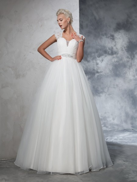Sweetheart Ruched Tulle Ball Gown Wedding Dresses