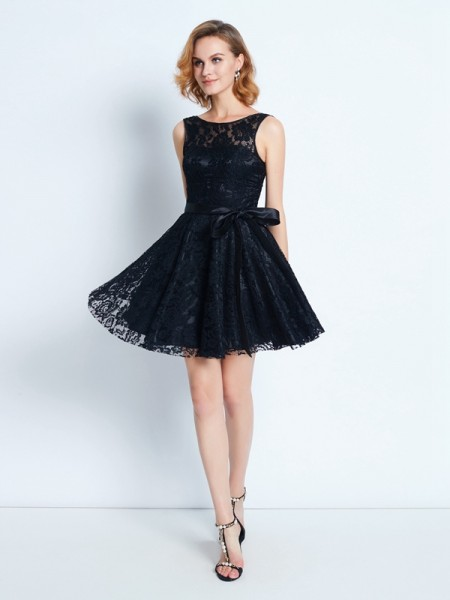 A-Line Scoop Lace Sash/Ribbon/Belt Short/Mini Homecoming Dresses