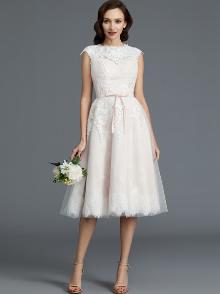 A-Line Bateau Knee-Length Tulle Wedding Dresses