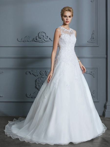Scoop Tulle Court Train Applique Ball Gown Wedding Dresses