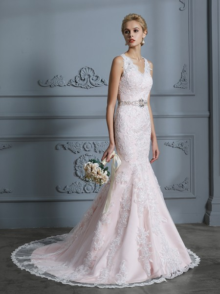 Mermaid V-neck Applique Tulle Court Train Wedding Dresses