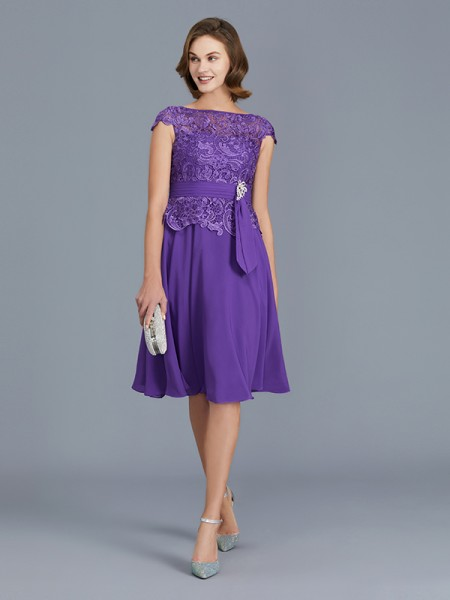 A-Line Bateau Chiffon Knee-Length Beading Mother of the Bride Dresses