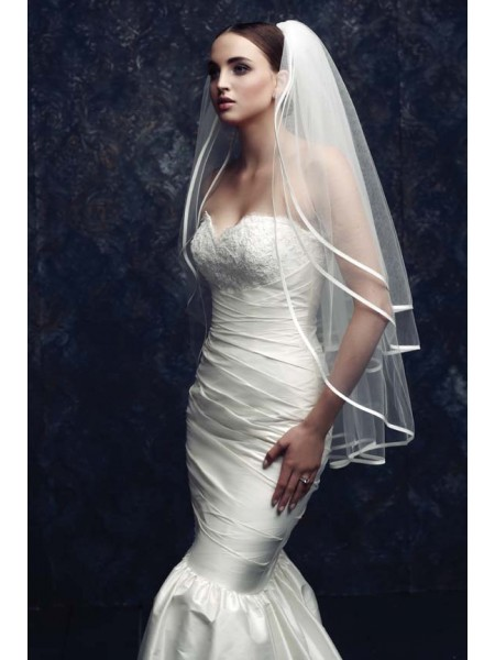 Fashion Gorgeous 3 Layer Tulle Wedding Veils