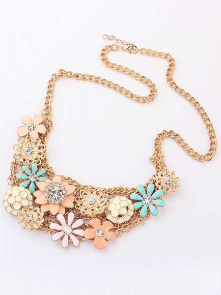 Latest Korean version Sweet Fresh Flowers Metallic Hot Sale Necklace