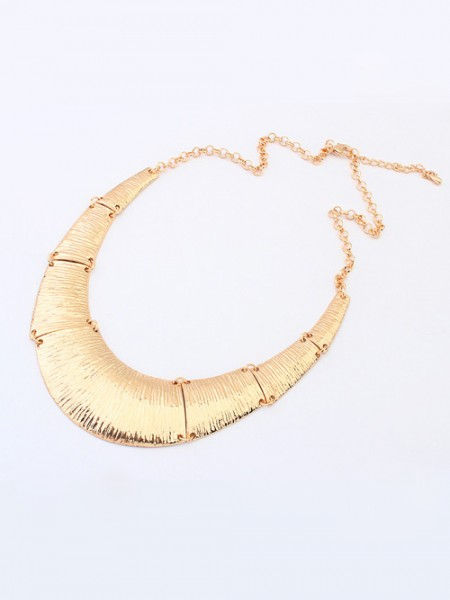 Latest Occident Hyperbolic Metallic Do the Old Retro Hot Sale Necklace