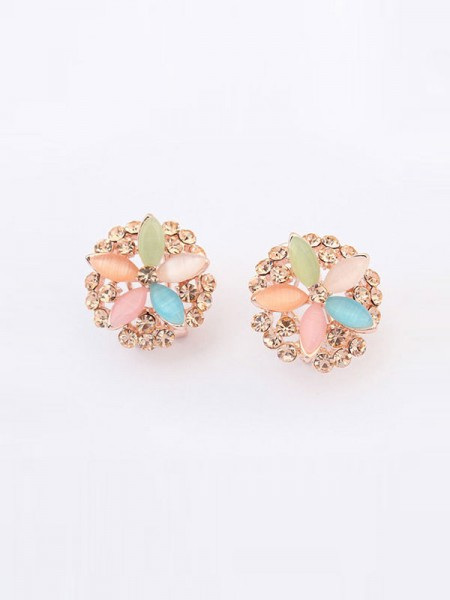 Latest Occident Fashionable Five Flowers Exquisite Hot Sale Ear Clip