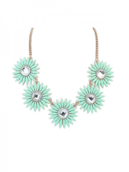 Latest Occident Fashionable Fresh Sweet Hot Sale Necklace