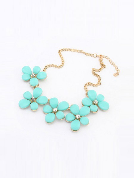 Latest Occident Fresh Floret Sweet Hot Sale Necklace