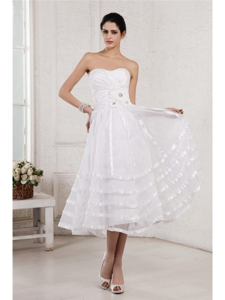 A-Line Strapless Hand-Made Flower Pleats Short Organza Taffeta Wedding Dresses