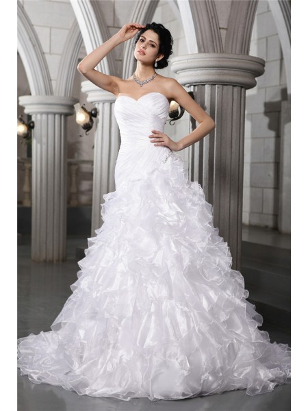 A-Line Sweetheart Pleats Beading Organza Wedding Dresses