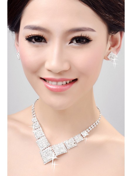Fashion Nice Alloy Clear Crystals Wedding Necklaces Earrings Set