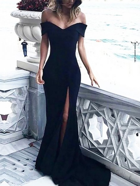 Off-the-Shoulder Court Train With Ruched Spandex Sheath Prom Dresses