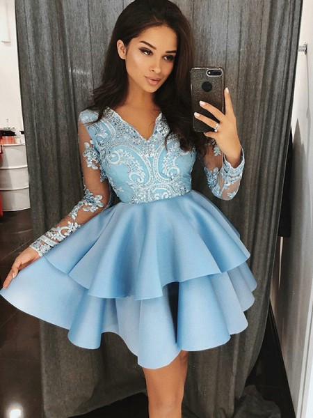 A-Line Satin V-Neck Applique Short/Mini Homecoming Dresses